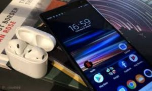 How To Connect Airpods To Android & iPhone Device